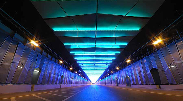 Lumasense and Philips create a great ambience at Midfield tunnel while increasing safety for the drivers