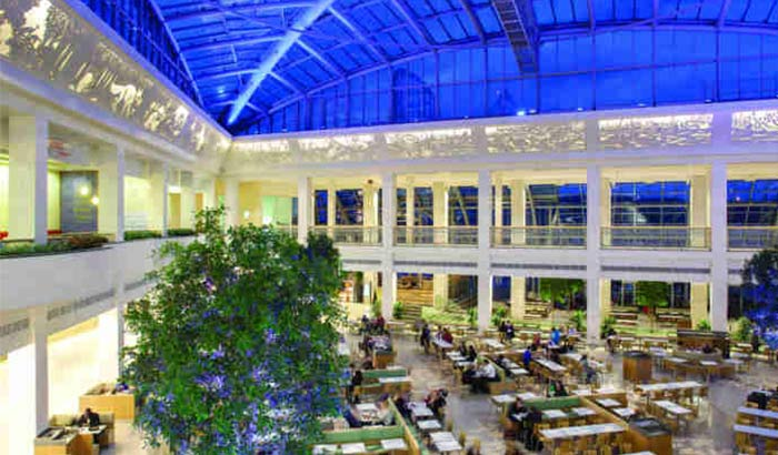 Bright and expansive dining atrium at the Bluewater shopping Centre